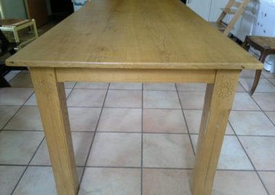 Table  en chêne (Maine et Loire 49)