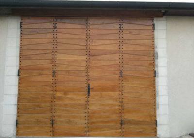 création et pose d'une porte de garage (Cher 18)
